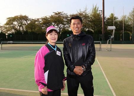 の浅川代表と佐藤コーチ